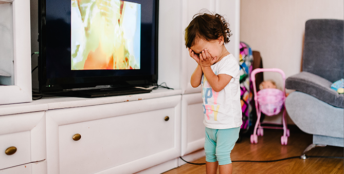 Genius ways to moderate screen time for your toddler